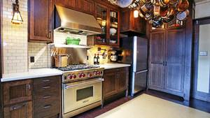 """""""I wanted a place that would be a functional kitchen and also blend in with the Arts and Crafts style of the house,"""" says David Lillico"""